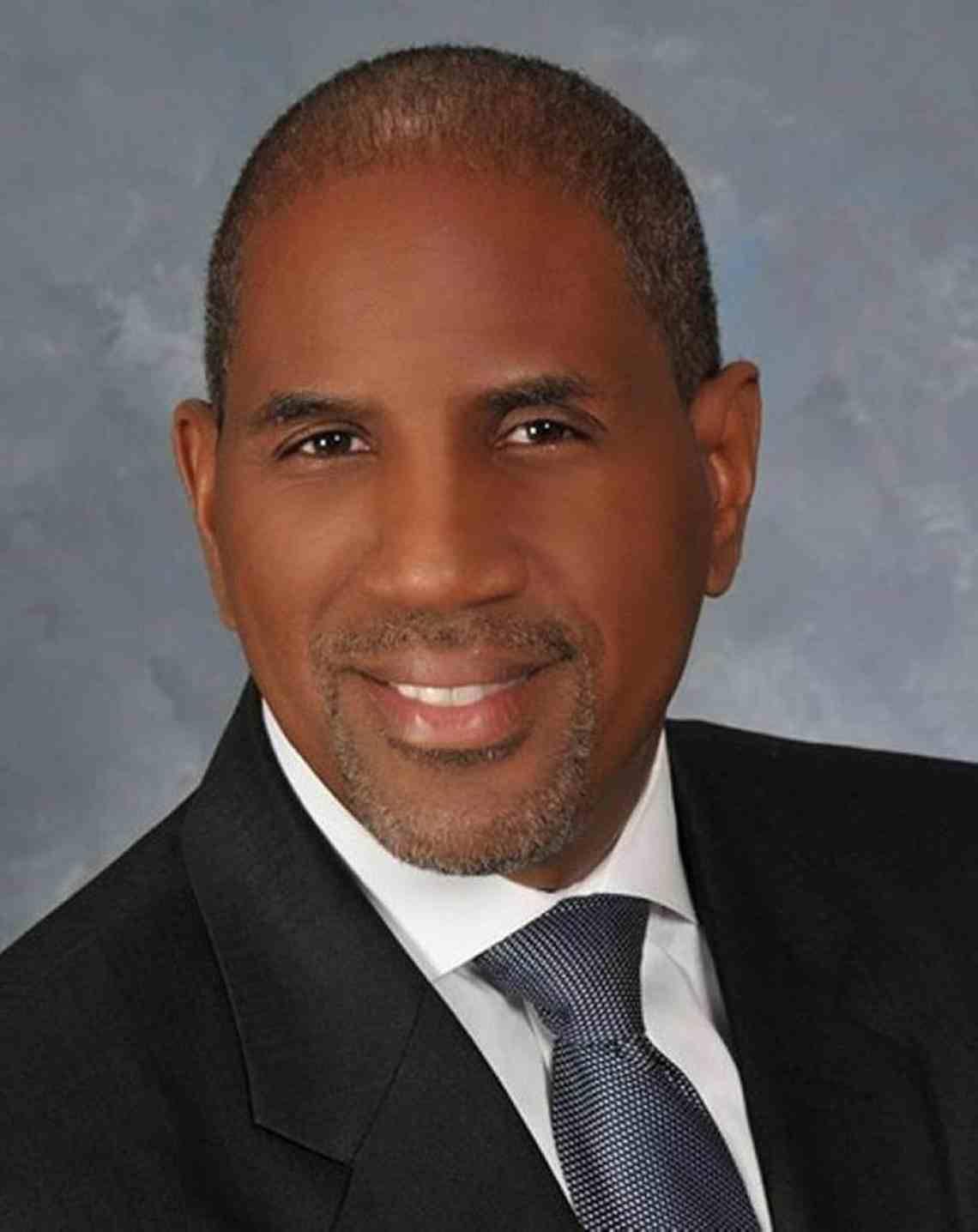 Dr Steve Gallon III